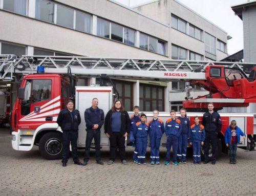 Jugendfeuerwehr besucht Berufsfeuerwehr Koblenz